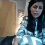 Putinha linda mostrando o corpo bem gostoso na webcam