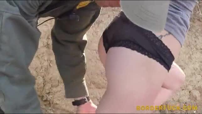 Agente de segurança fode com amadora  linda